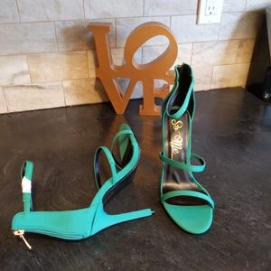 SO ME NOVA LYCRA GREEN WEDGES HIGH HEEL SANDALS